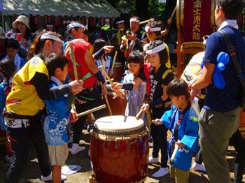 富士見太鼓の会 地域との交流の様子